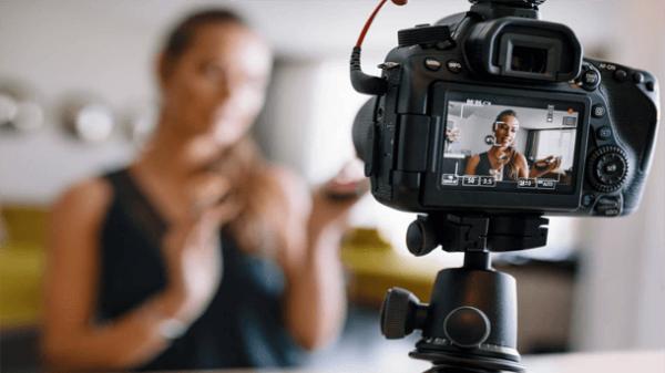 Read more about the article Как научится снимать видео